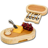Formaggion Oval Cutting Board with Cheese Tools