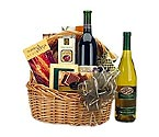 Traditional Wine & Gourmet Gift Basket