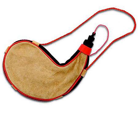 Zahota: the modern bota bag. - image 2 - student project
