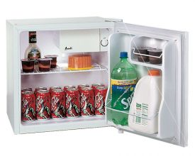 Enlarge Avanti RM1700W-1 1.7 Cu. Ft. Compact Refrigerator - White