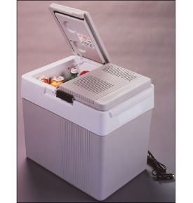 Enlarge Koolatron P-65 33 Qt Split Lid Kargo Kooler Thermoelectric Travel Cooler