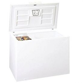 Enlarge Summit SCFR150 15.5 Cu. Ft. Frost Free Commercial Chest Refrigerator